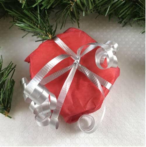 Lotion bar wrapped to give | diy Christmas gift